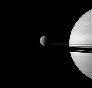 titansaturn_cassini_1018.jpg